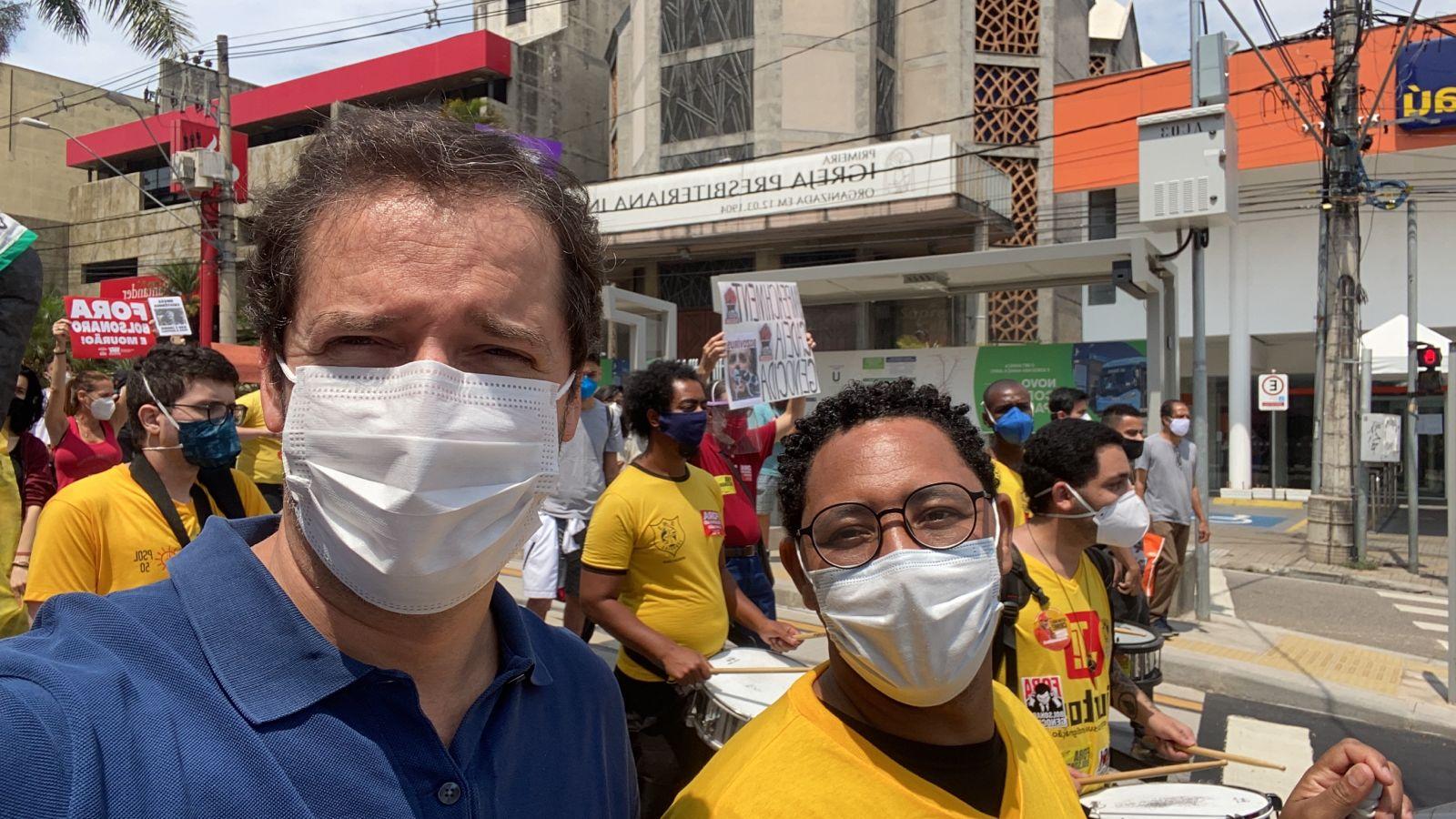 Raul Marcelo participa de ato em Sorocaba contra o governo Bolsonaro